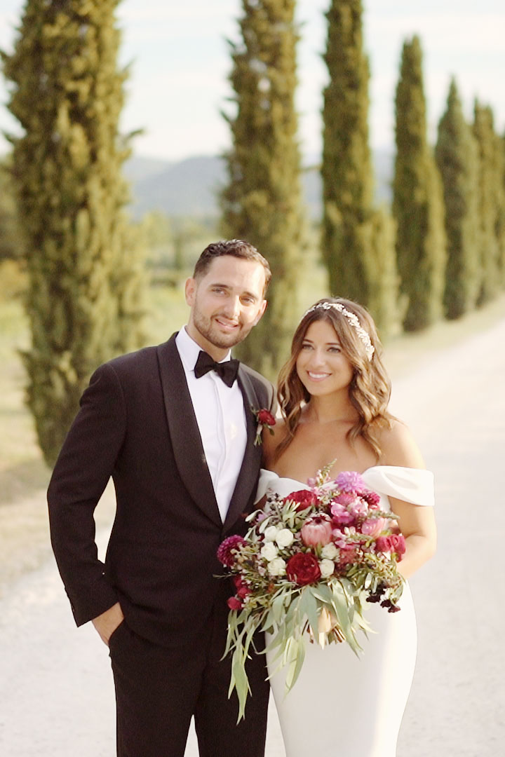 We work with upscale and demanding clientele in the most beautiful Italian venues and abroad creating the perfect heirlooms of their stunning weddings. at Conti di San Bonifacio